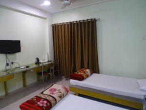 Non AC Hotel Ratnadeep